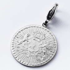 Success motiv in silver